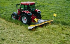 Maxam 3300IV Mower - Spreading
